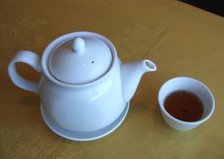 金臨門粤菜酒家(キンリンモンエツサイシュカ) ランチ フカヒレ姿入り特別飲茶コース