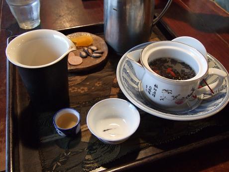 台湾茶藝館 「月和茶」(ユエフウチャ) 世田谷 経堂