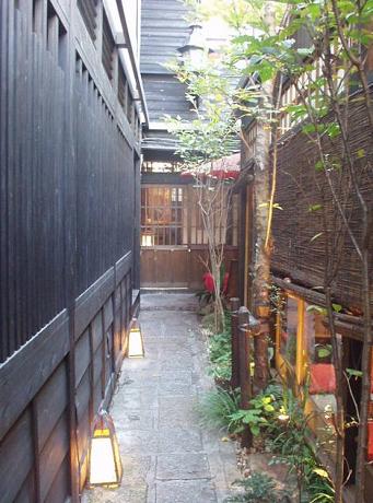 京料理、京ゆば麺うどん さくらさくら 白金台3_s