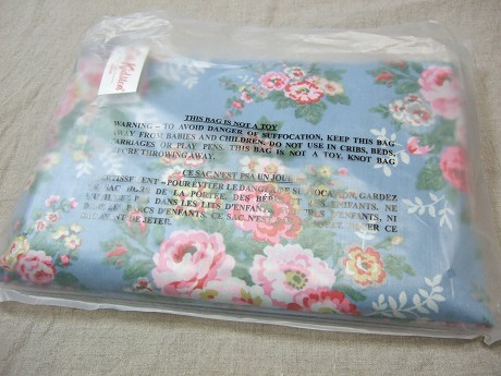 Cath Kidston キャスキッドソン HOLIDAY BAG ホリデーバッグ CANDY FLOWERS BLUE キャンディーフラワーズブルー1