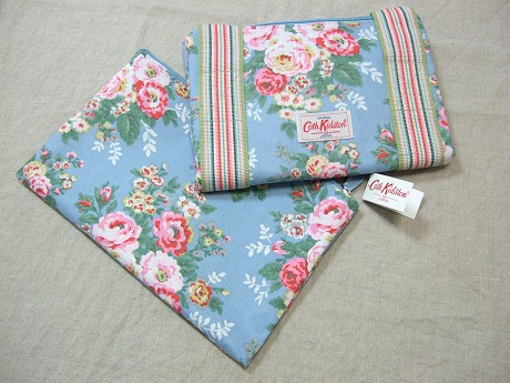 Cath Kidston キャスキッドソン HOLIDAY BAG ホリデーバッグ CANDY FLOWERS BLUE キャンディーフラワーズブルー2