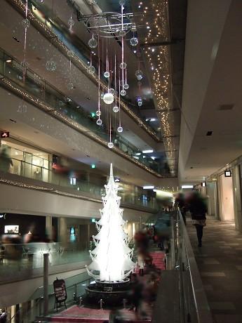 Omotesando Hills 表参道ヒルズ 5 OMOTESANDO HILLS Christmas 2010 with SWAROVSKI ELEMENTS 神宮前 表参道・明治神宮前・原宿