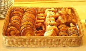 ホテルグランパシフィックメリディアン(お台場) Le Bouquet(ル・ブーケ) ランチ パン