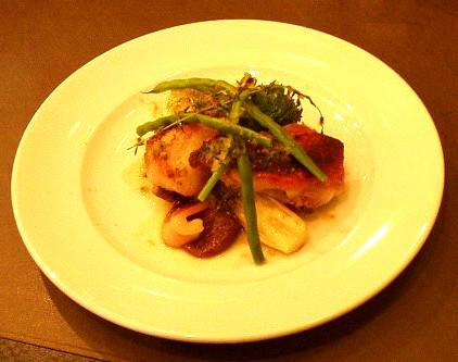 Brasserie Coeur(ブラッセリー クール) さつま軍鶏と野菜の蒸し焼き