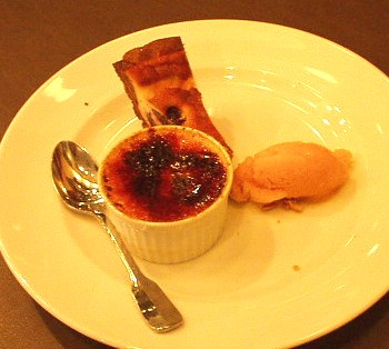 Brasserie Coeur(ブラッセリー クール) デザート クレームブリュレ&さくらんぼのクラフティー&マンゴーのシャーベット