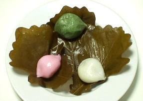 和菓子処 伊勢屋の柏餅