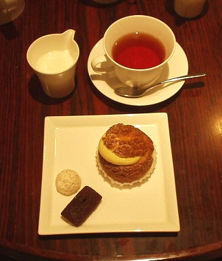 ル カフェ ドゥ ジョエル・ロブション デザート&紅茶
