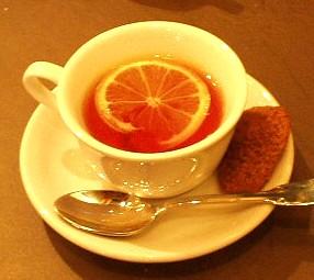 紅茶&自家製チョコレートのマドレーヌ